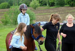 Ponnyridning var en av aktiviteterna för Fränstas unga.