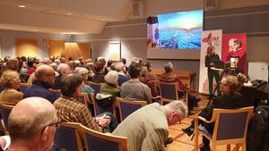 Det var fullsatt när meteorologiprofessorn och tillika en av Sveriges mest respekterade klimatforskare Michael Tjernström föreläste i Falun.
