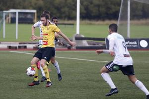 Heby AIF:s Simon Ericsson vill göra mål mot Mora på lördag.
