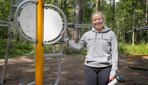 """Caroline Larsson från Mölnbo brinner för att hjälpa människor med att få igång sin träning. """"Gör det lätt för dig, det ska vara låga trösklar i början"""", säger hon."""