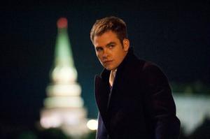 Jack Ryan (Chris Pine) åker till Moskva för att kolla upp en skum rysk finansman. Han kastas snabbt in i hetluften. Foto: Paramount pictures