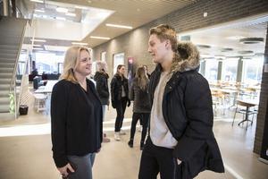 Rektor Annika Östling Sandgren och Gijs Dijkhuizen, elevrådsordförande på Widénska gymnasiet, är överens om att de nya lokalerna kommer att bli ett lyft.