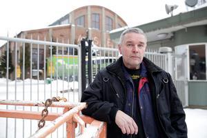 """Om varslet om nedläggning blir verklighet så har Claes Jansson hopp om att många berörda kan få annat jobb. """"Många här är svetskunniga och det finns alltid jobb, det är ju rätt så bra tryck på verkstäderna runt i kring."""""""