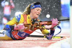 Hanna Öberg tvingades ta till tre extraskott i ligg – det förstörde Sveriges guldchanser. Foto: TT