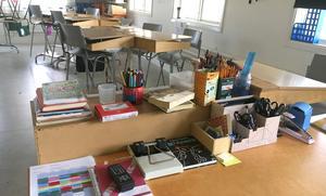 """Ingrid Noord Silversten och hennes partikamrater i barnöoch utbildningsnämnden anser att det finns lösningar på att känna en större samvaro med lärarkollegor. """"Vi har bra IT-lösningar och man kan nå kollegor genom att vara uppkopplad, flera gånger om dagen om de vill"""", säger Ingrid."""