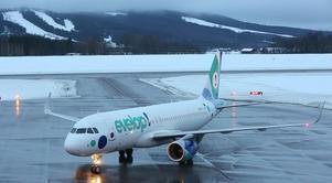 Ett charterplan från Kanarieöarna landade på Dala Airport den här dagen.
