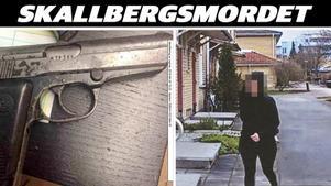 Inledningsvis nekar hustrun till att känna den nu mordmisstänkte 35-åringen. Men polisen spaningsbilder visar hur kvinnan besöker 35-åringen i hans bostad på Bäckby.Foto: Polisen