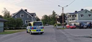 Området i Essvik spärrades av och flera hus evakuerades i samband med fyndet.