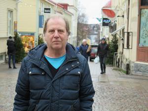 Johnny Berglund, 66, Frösön.