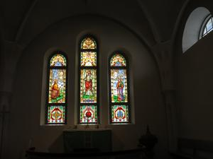Korfönstren i Ullångers kyrka tillverkade vid Sandöbruk. Foto: Kurt Söderlund
