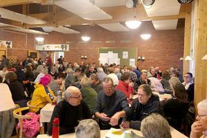 På mötet den 12 mars kom 150 personer som engagerade sig i Folkets hus-krisen. Den nybildade föreningen hoppas att även nästa möte ska bli välbesökt. Foto: Anna-Lena Jonsson
