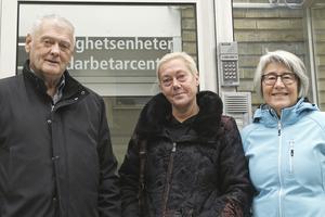 Öppna badet igen, uppmanar Bi Siösteen, Frida Svensson och Lena Ågren från Kristiansborgsbadets vänner.