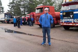 Tomas Almén är arrangör och tyckte det hela var rätt nervöst strax före start. Själv kör han personbil runt.