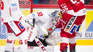 Det var ofta tvärtätt framför Arvid Ljung i Almtunas mål.Bild: Pär Olert/Bildbyrån