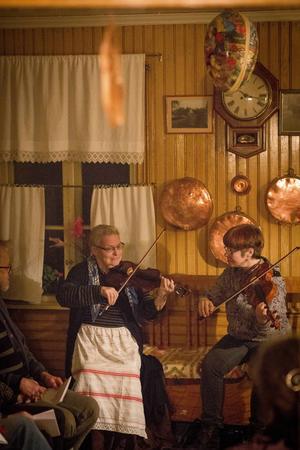 Britt-Marie Swing och Susanne Westlund Reistad stod för musiken.
