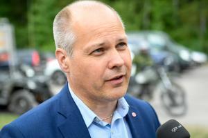 Justitie- och inrikesminister Morgan Johansson (S) försvarade den nya samtyckeslagen, trots att den inte innebär något nytt än det som lagstiftningen redan täcker. Foto: Fredrik Sandberg / TT