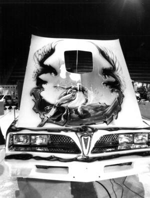 Kenneth Frisks motivlackade Pontiac Trans Am van klassen