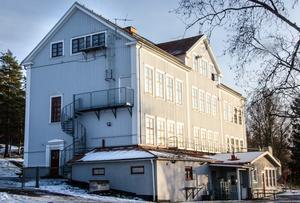 Hur kan risken att fler väljer friskolor minska om Runsviks skola läggs ner när undersökningen som hänvisas till pekar på att vårdnadshavare önskar närhet, behöriga lärare och mindre skolor? skriver debattförfattarna.