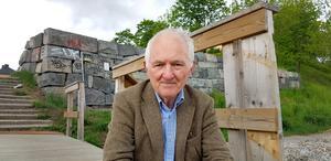 Bengt af Klintberg rekommenderar böcker om sägner och folksagor. Han har själv skrivit många böcker i ämnet.