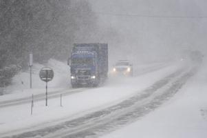 Snökaos och klass 1-varning utdelades vid den här tiden ifjol. Det var starten på en vinter med rekordmängder av snö.