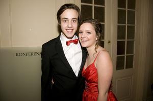 Adam Merivirta med daten Emma Wistrand hoppades på mycket dans.
