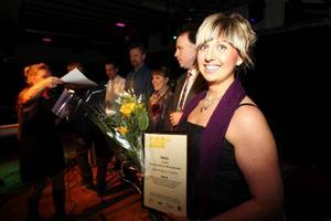 Annikas klipperia i Vemdalens blev årets serviceföretag. Annika Sundt kan njuta av vinsten i en hård kategori.