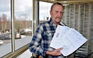 – Jag tycker verkligen inte det är patientens ansvar utan betalar du för att förnya ett recept borde det vara vårdcentralens uppgift att se till att uppgifterna kommer in på ditt högkostnadsskydd, säger Ragnar Birgersson från Härnösand.
