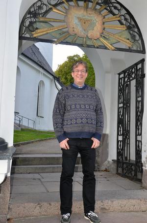 Trots att Björn Wiksten flyttade från Hudiksvall i slutet av tonåren, säger han sig aldrig riktigt ha lämnat stan. Och nu är han tillbaka.