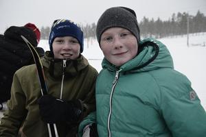 Eddie Nermoen och Emil Persson åker i klass H5 för Lillhärdal.