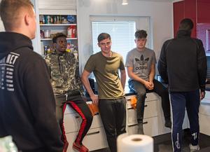 Adao Manuel, George Keys och Matthew Mayes är alla tre LFE-spelare, vilket innebär att de lämnar IFK Mora efter tolv veckor – såvida de inte erbjuds kontrakt av klubben.