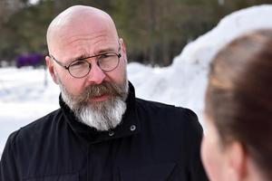 Lasse Ericsson berättar om hur man investerat i faciliteterna i Lomsmyren.