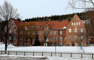 2014 bombhotades Engelska skolan i Sundsvall. Men polisen kunde snabbt konstatera att hotet var falskt.