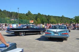 Semifinal mellan två måsvingar. Sven Dehlins bil, till höger, gick segrande ur striden.