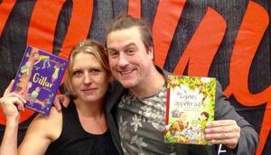 Johanna Sandberg och trollkarlen och författaren Daniel Karlsson skulle träffa barn som de gör akrobatik och gymnastik med. Foto: Privat