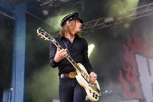 Nicke Andersson (sång, gitarr).  The HellacoptersFoto: Peder Andersson