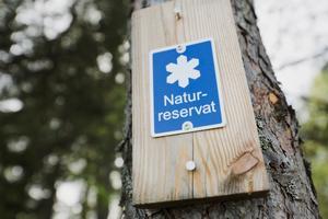 I Södertälje kommun finns i dagsläget 24 naturreservat. 23–27 april släpps den nya utflyktsguiden till naturreservat och utflyktsmål i kommunen.