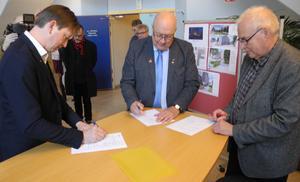Under måndagen signerade Falu kommun, Region Dalarna och Musik i Dalarna en avsiktsförklaring om en framtida ny konsertlokal i Falun.