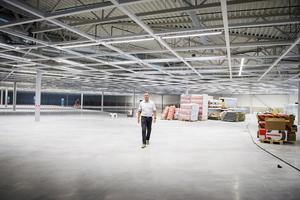 Just nu är det bara stora ytor men under september kommer Eko att bygga upp butiken.