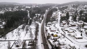 Här utreds nu en framtida fyrfilig Europaväg med 100 kilometer i timmen, skriver