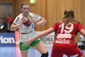 Både Alexandra Bjärrenholt, Kristin Thorleifsdottír (bilden) och Jenny Södrén är klara för SM-semifinal. Foto: Johan Nilsson / TT