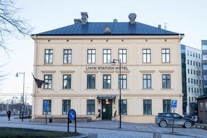 Livin station hotell byter ägare den 1 februari. Hanna Wellander köper av Abbe Kurt.