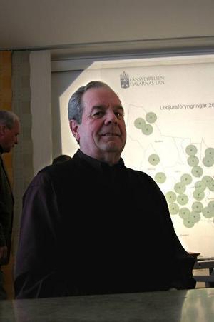 Älgjägare. Rovviltanansvarige i Leksands jaktvårdskrets, Inge Woxmark, tror på älgjakt även i framtiden trots en ökande rovviltstam