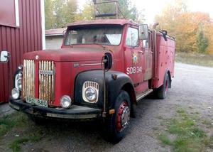 Så här såg brandbilen ut när Lars tog hem den, en Scania  modell L80 Super från 1969.