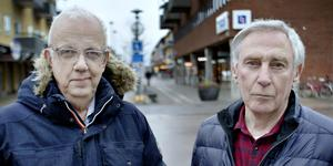 Nils-Gunnar Kempe och Olov Göransson upplever att Liberalerna i Sandviken mobbar medlemmar.