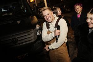 Idoldeltagaren Gottfrid Krantz kommer uppträda under kvällen.