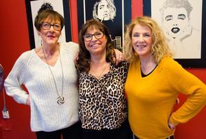 Som hårfrisörska får man även agera terapeut ibland, något som Elisabeth, Ann och Ewa fått uppleva.