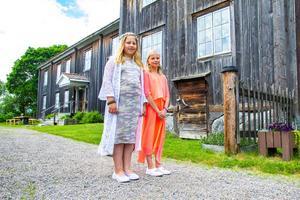 Klasskompisarna Matilda Högman och Hilda Frisk gick ut tredje klass på Rengsjö skola.
