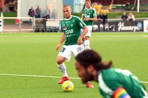 Benjamin Hjertstrand gjorde sitt första mål för säsongen när han skickade in en hörna.