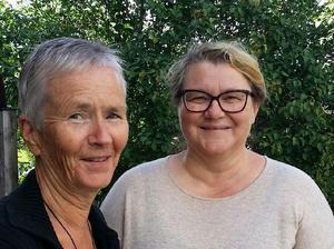 Margareta Selin-Ring och Karin Blomkvist representerarHärjedalen på Skansens kulturmässa i Stockholm.Foto: Incorema