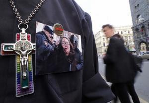 Yelena Grigorieva mördades nära sitt hem i St Petersburg. Foto:AP Photo/Dmitri Lovetsky